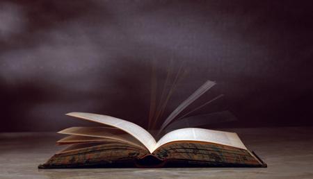 做梦梦见书 书籍是不好的征兆吗 要注意什么