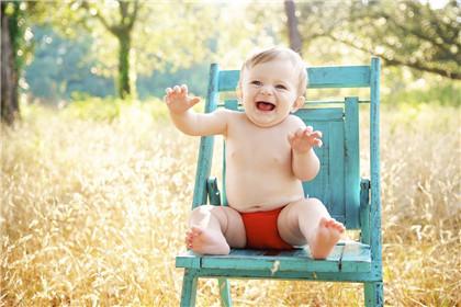2021辛丑牛年夏至后一天出生的男孩起名推荐