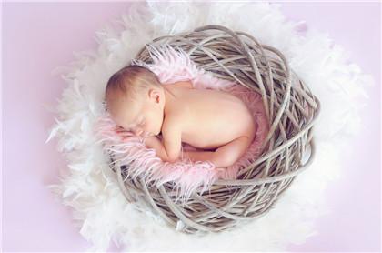 2021辛丑牛年农历五月初一出生的女孩要怎么起名合适?