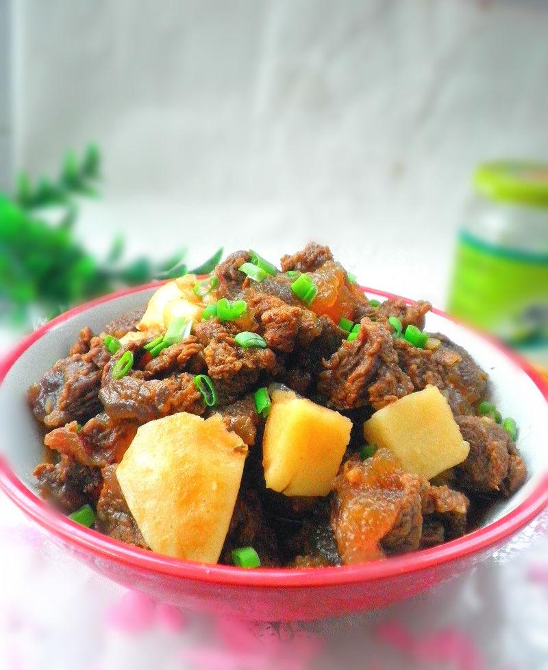 土豆炖牛肉的家常做法:怎幺做好吃,山药土豆炖牛肉的家常做法