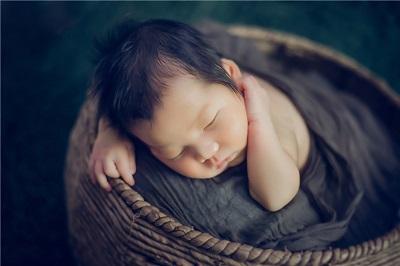 2021牛年农历五月二十三日出生宝宝是什么命?