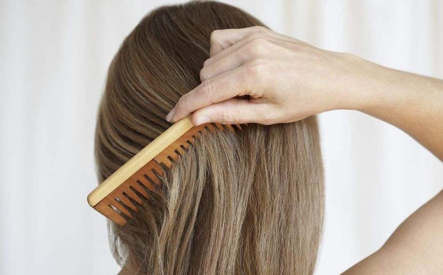 有福气的女人头发是多还是少 贵人不顶重发是真的吗